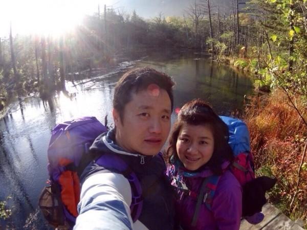オーナーの望月夫妻。登山好きが高じて長野県へ。